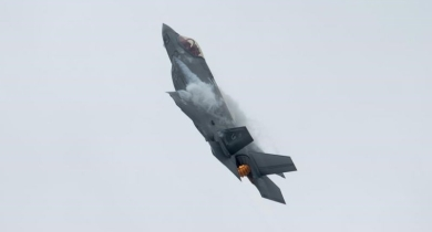Companies highlight jobs, economic spinoffs as fighter-jet competition closes