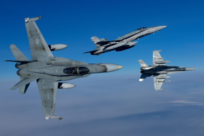 Federal government issues another extension for fighter replacement proposals